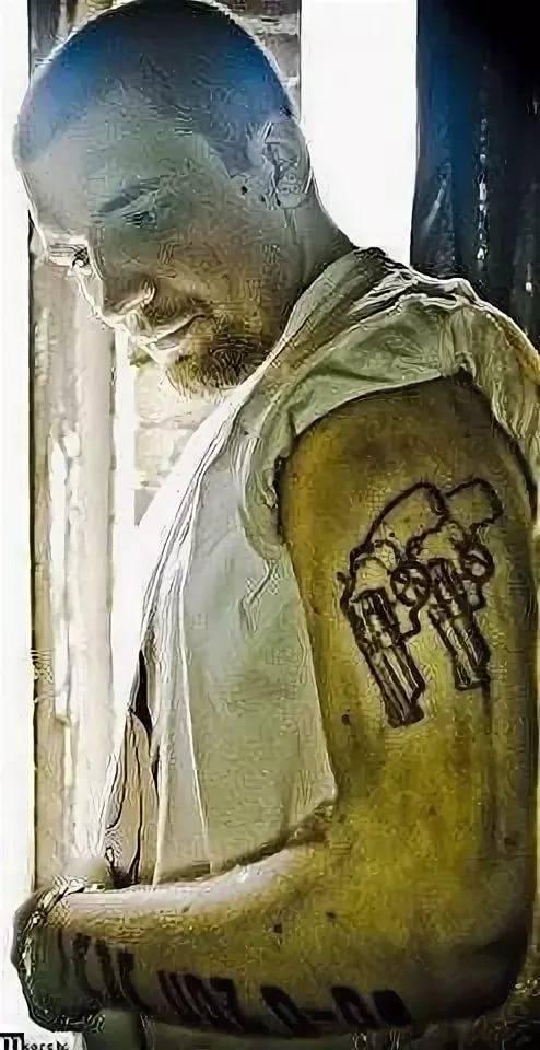 графити тату у басты на руках фото кладбище бывают